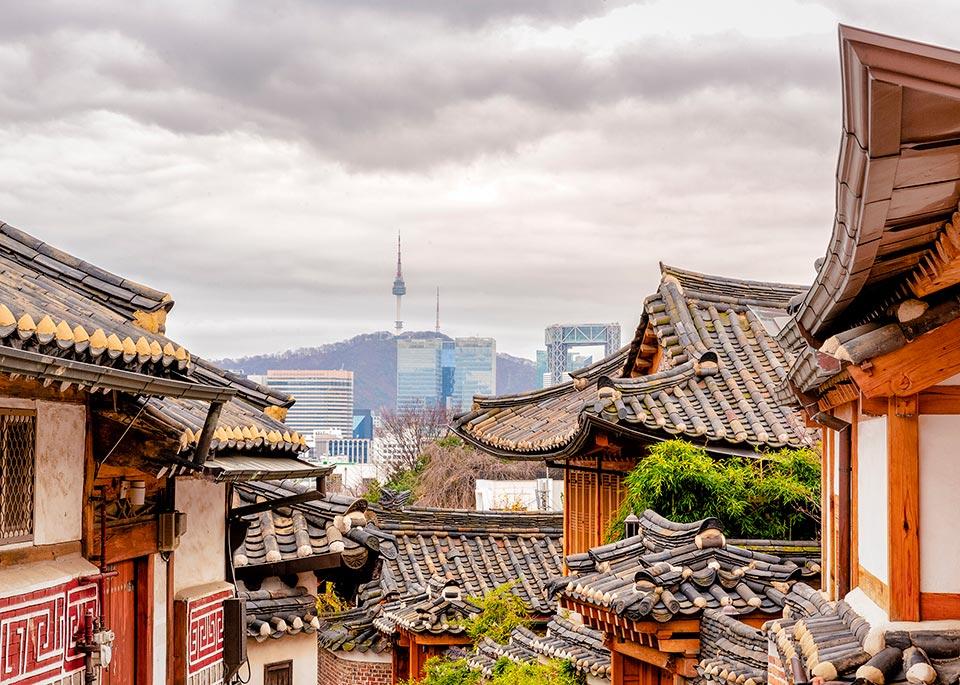 Tradizione e modernità convivono nella capitale della Corea del Sud, Seoul © uschools / E+ / Getty Images