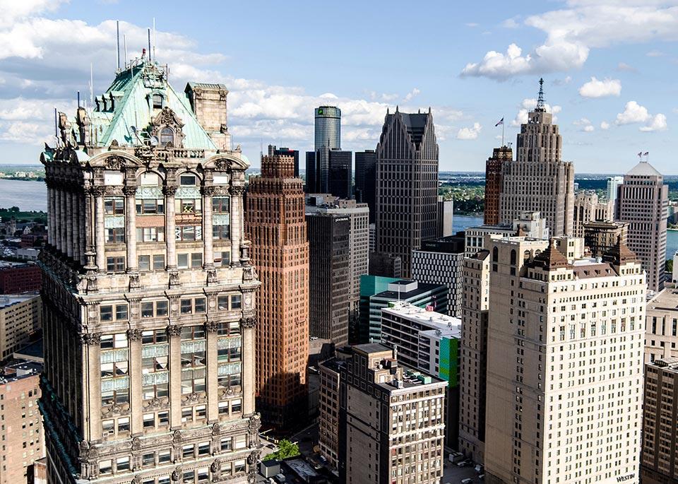 I grattacieli art déco a downtown Detroit, una città che sta rinascendo dopo anni di declino ©Reese Lassman / EyeEm / Getty Images