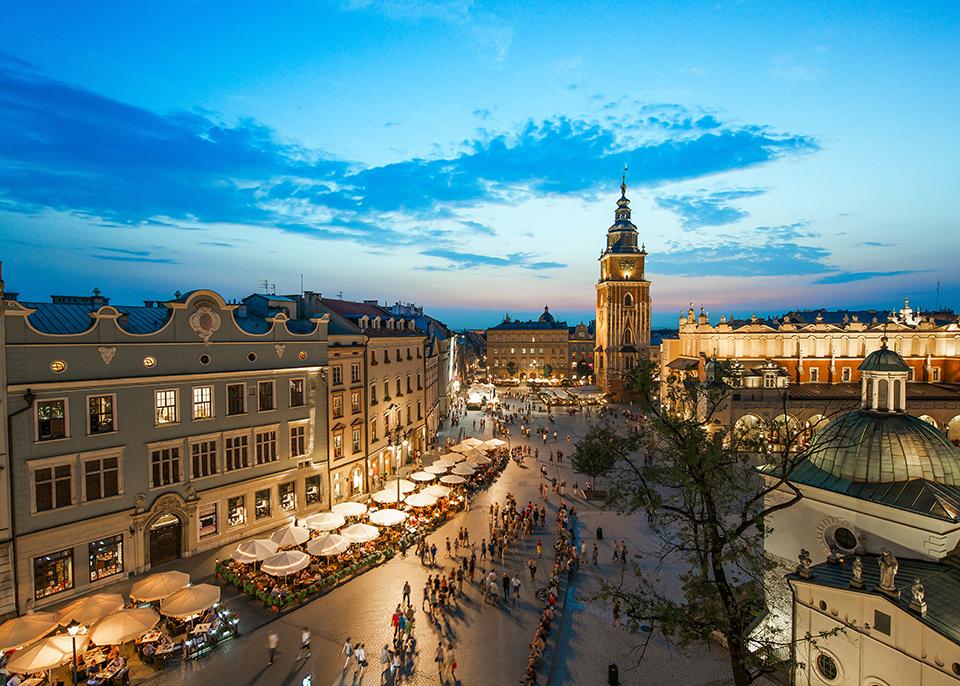 La bella Cracovia attira le folle, ma la Polonia ha molto di più da offrire ©Mark_and_Anna_Wilson / Shutterstock