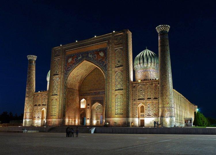 Samarcanda,Uzbekistan,Madrasa Sherdor