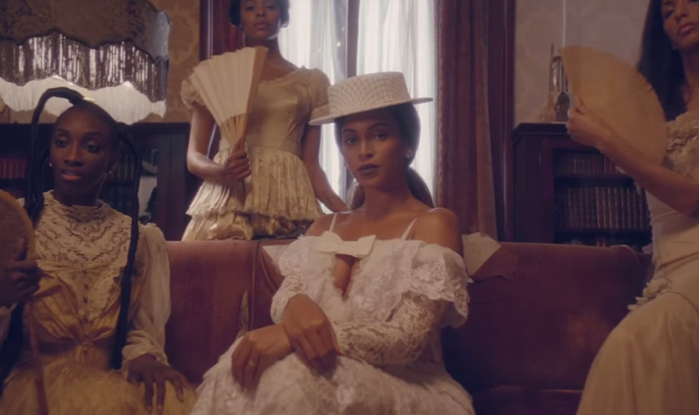 beyonce formation video low slung ponytail hair