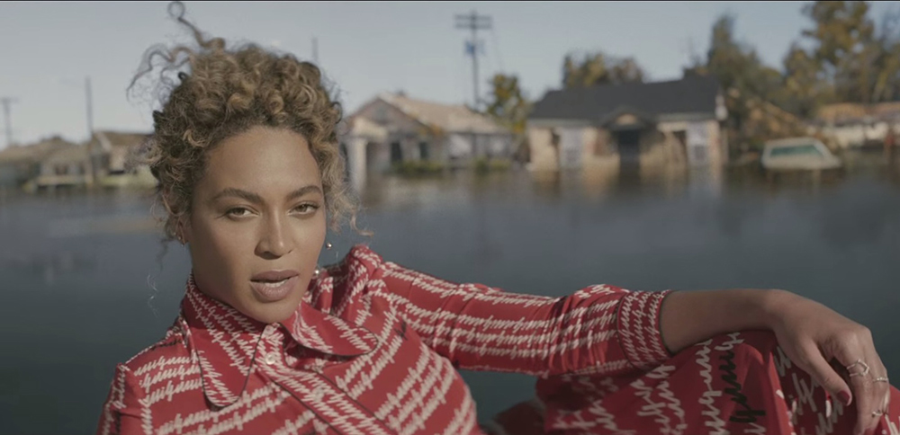 beyonce formation video natural curls up do hair