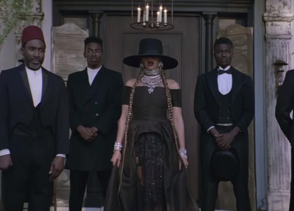 Beyonce formation music video hair long box braids