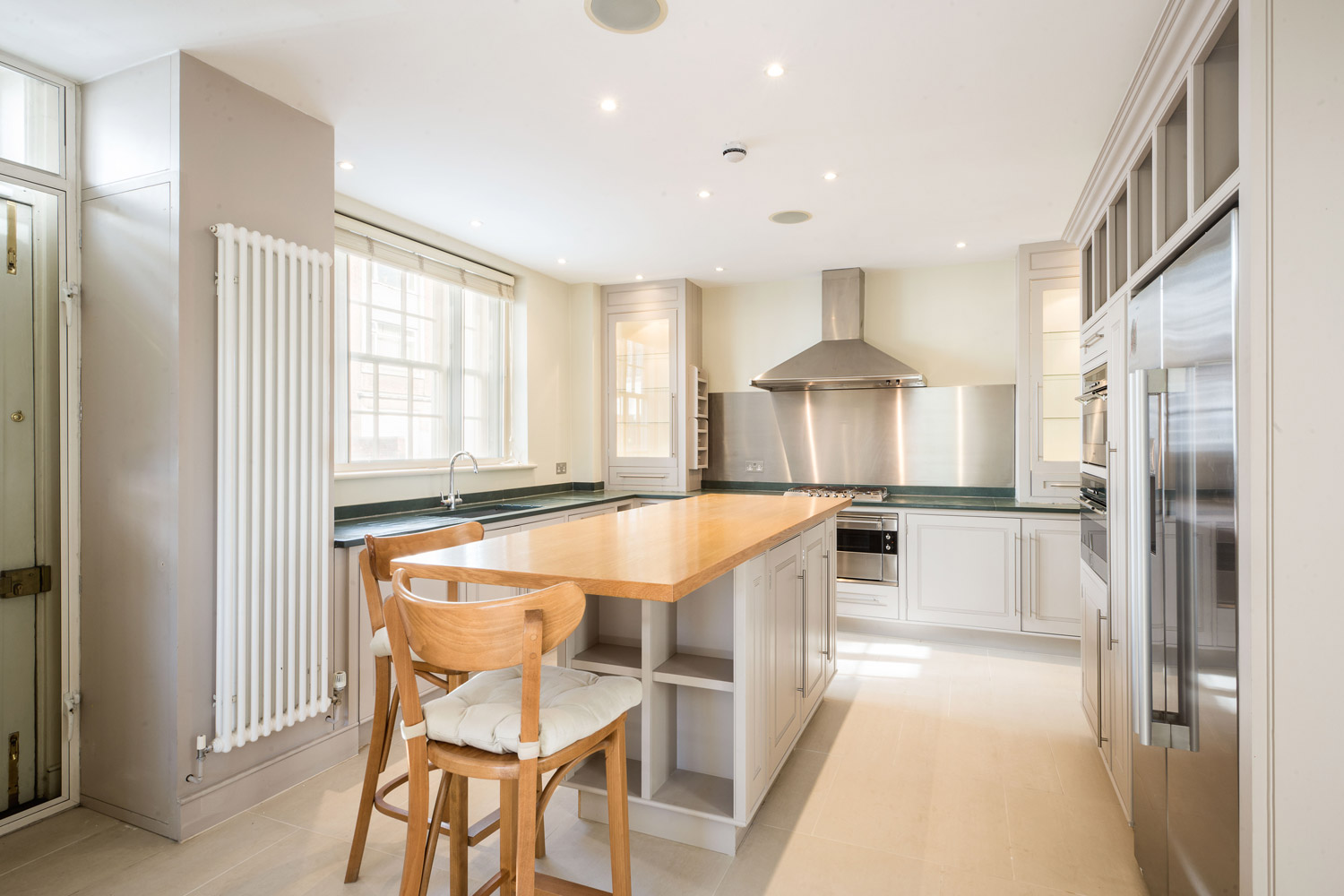 Property of the Day: Swan Walk, Chelsea | Town & Country Magazine UK