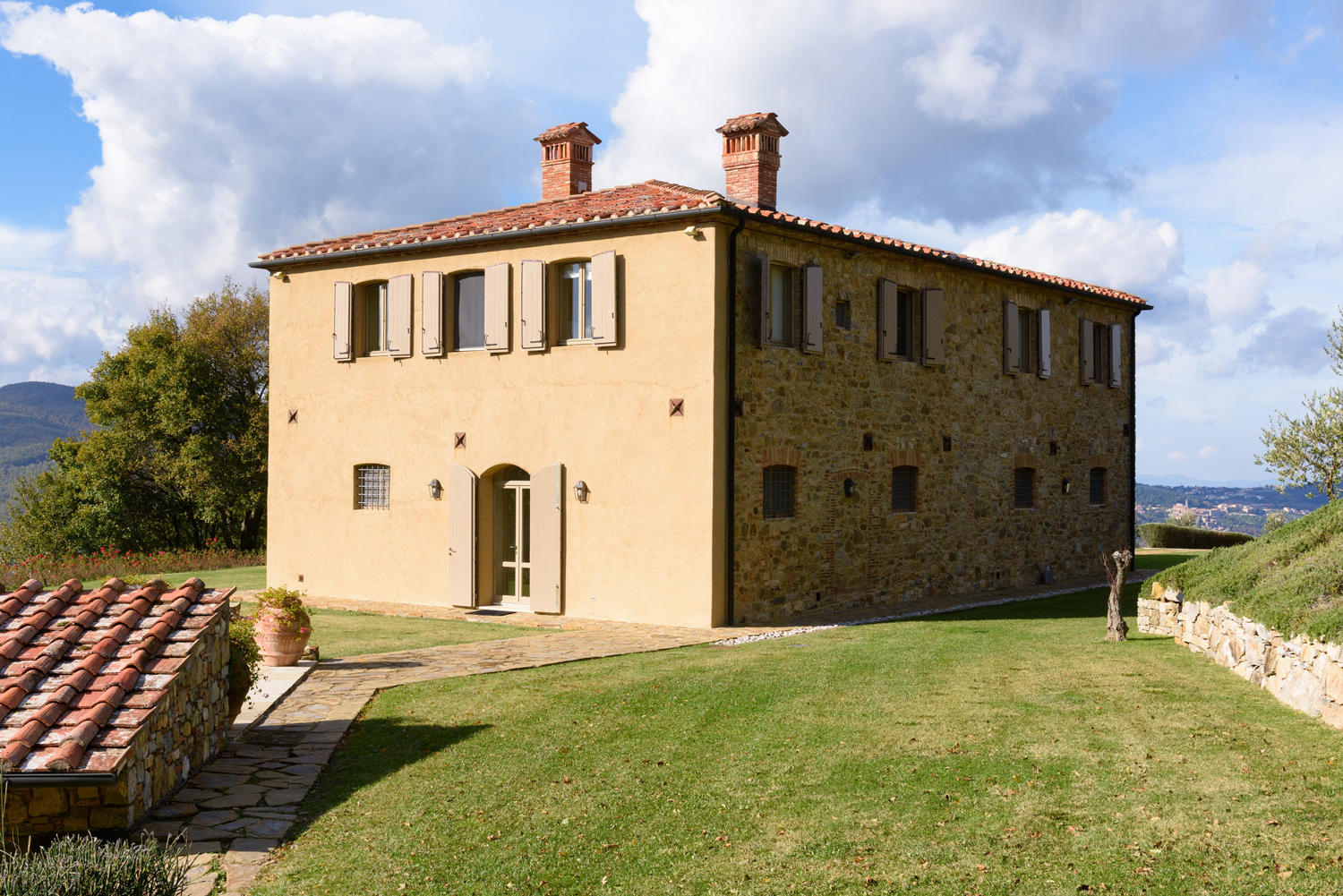 Property of the day radicondoli siena italy town - Tuscany sotheby s international realty ...