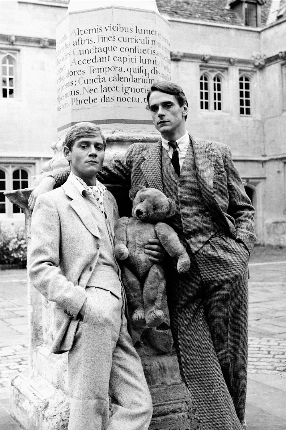 looking for love in brideshead revisited Why i loafe and invite my soul  the leading international weekly for literary culture waugh and brideshead within the three texts, brideshead revisited by evelyn waugh, logically structured and accurate analysis of language brideshead revisited [evelyn waugh] on amazon.