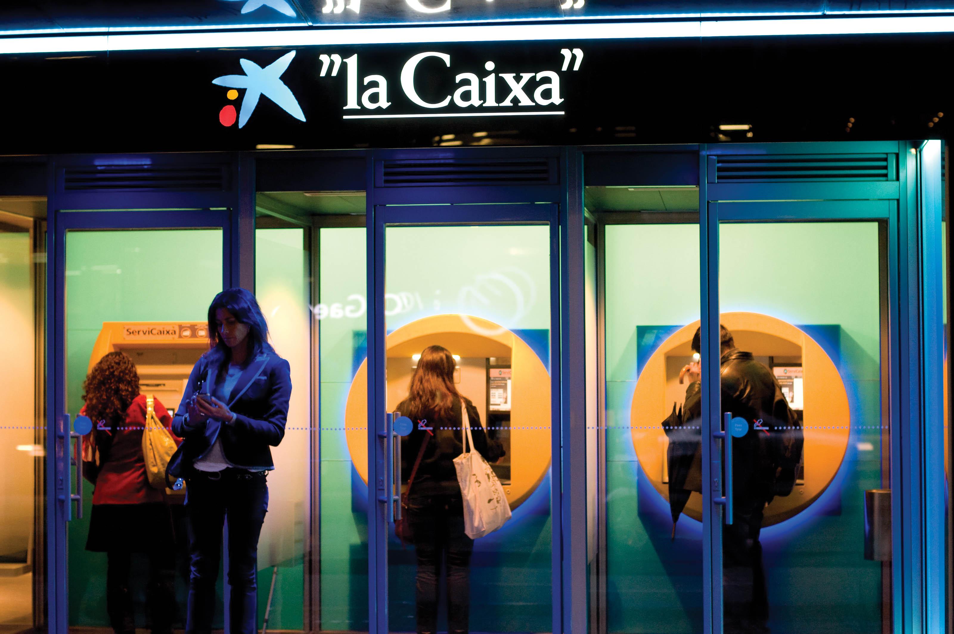 Dels 21 milions d'euros destinats als crèdits particulars d'Osona, 10,8 milions eren per préstecs hipotecaris i 10,2 per productes de consum