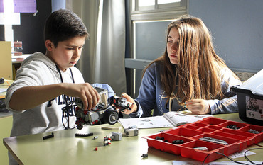 El projecte pretén familiaritzar els alumnes amb la tecnoloigia