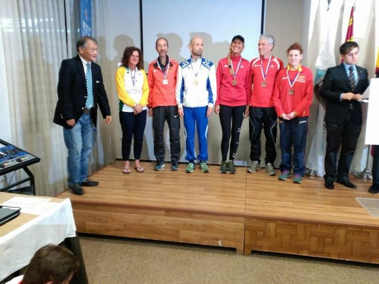 El podi de la cursa disputada aquest diumenge a Múrcia, amb Anna Riera, a la dreta