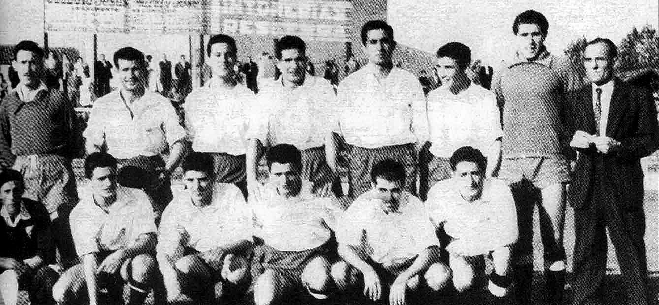 Jaume de Vega, segon per l'esquerra a baix, amb l'EC Granollers de la temporada 1954/1955