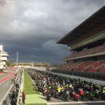 Els participants van fer un homenatge al pilot Luis Salom, mort als entrenaments de l'últim Gran Premi de Catalunya de MotoGP