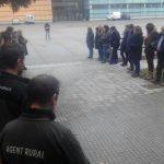 Minut de silenci davant les oficines dels Agents Rurals a Vic