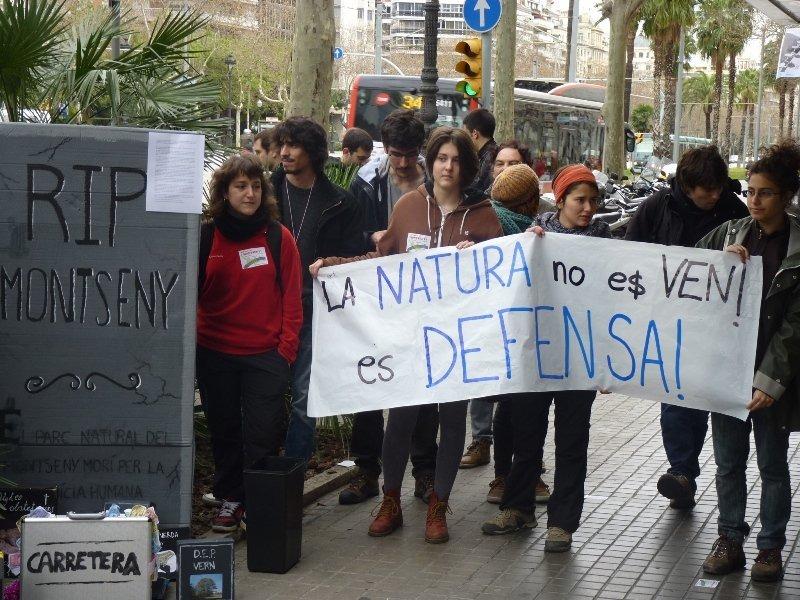 Una de les manifestacions anteriors contra l'asfaltat