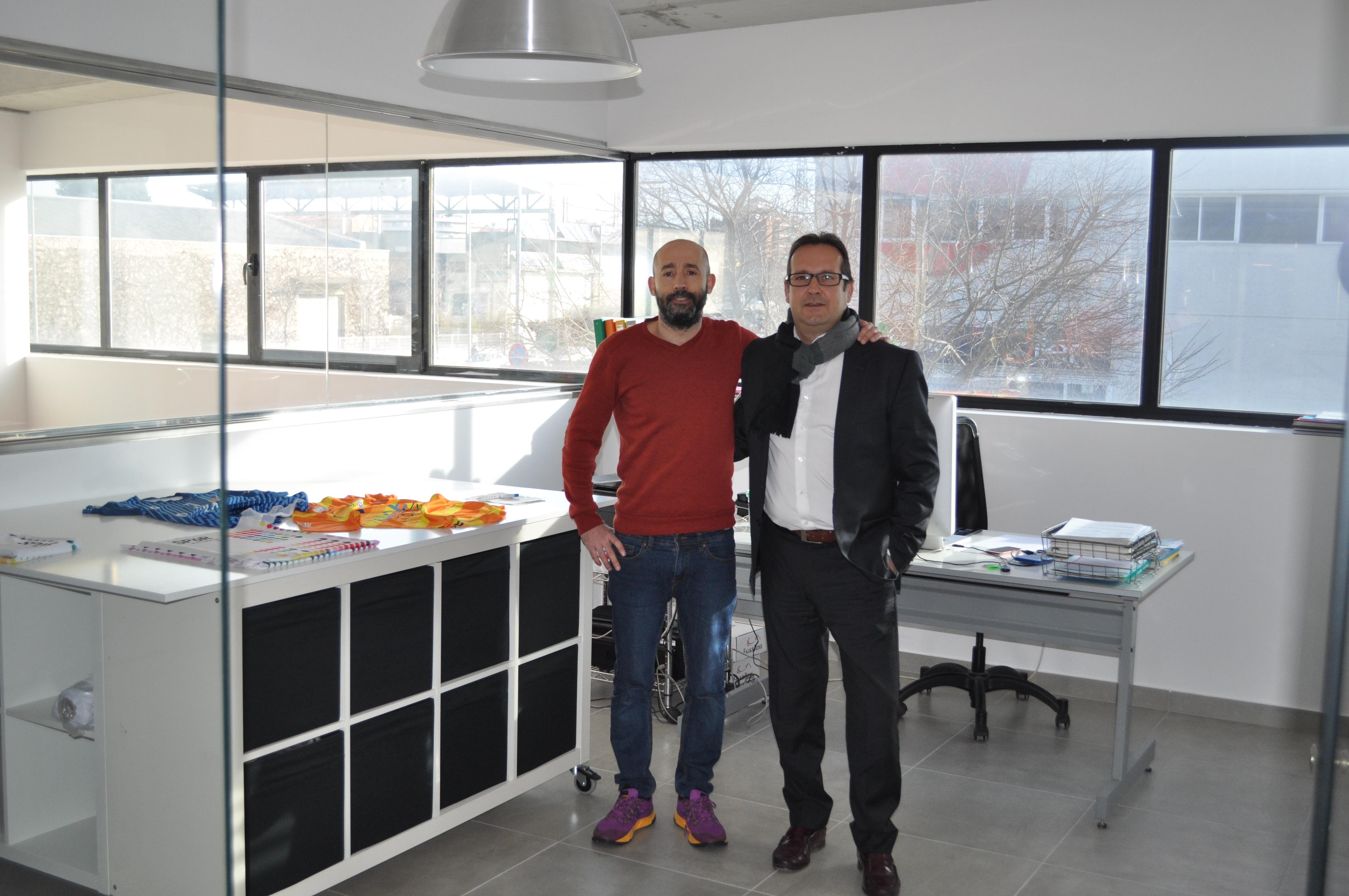 El director de la UEI, Joaquim Colom -dreta- amb l'impulsor de l'empresa Spor