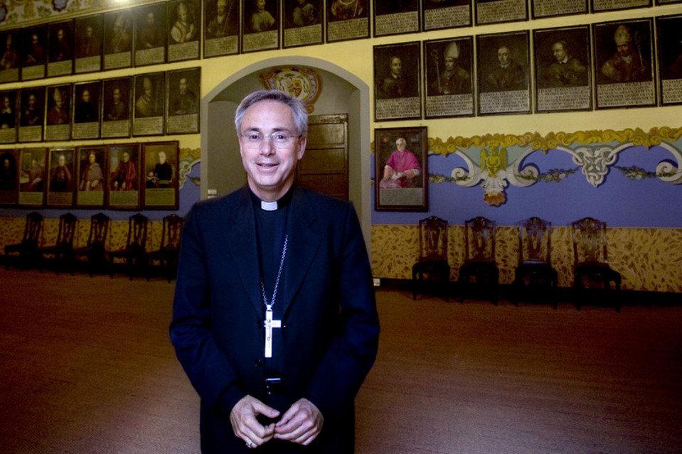 El bisbe Romà Casanova ha encès la polèmica amb la seva glossa setmanal