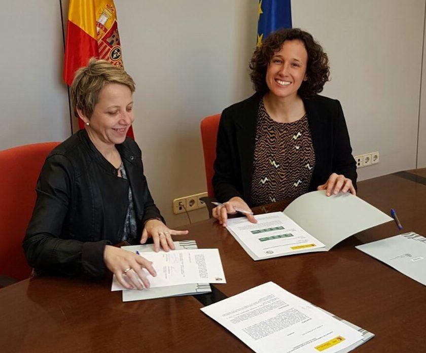 L'Associació Leader Ripollès Ges Bisaura en el moment de la signatura del contracte