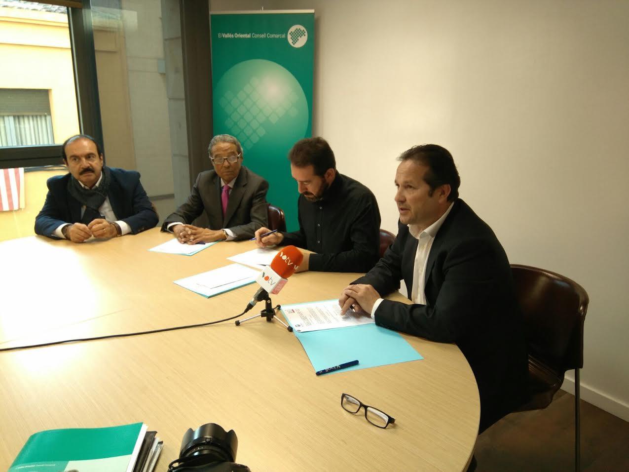 La firma del conveni de col·laboració s'ha fet aquest dimecres a la seu del Consell Comarcal