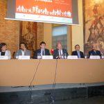 D'esquerra a dreta. Mercè Generó, Ricard Aceves,, Carles Mundó, Joan roca, Carlos Sopeña i Jordi Roca durant l'acte de presentació