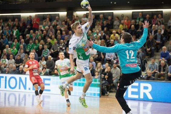 El Göppingen, a la imatge en el partit d'anada, ha estirat al final de la primera part i l'inici de la segona, i ha controlat molt bé l'avantatge