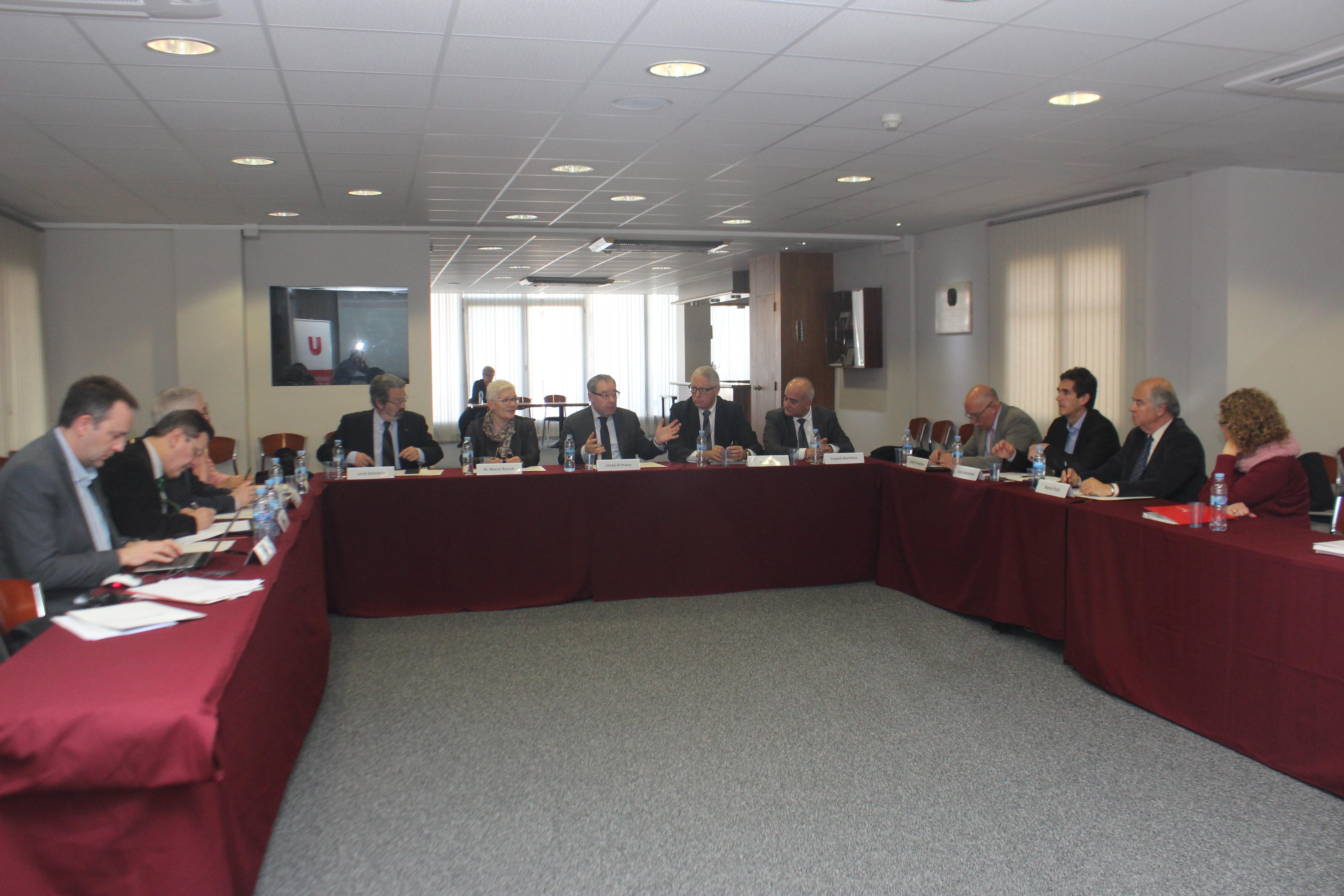 Reunió del Patronat de la FESS a la sala Àtic de l'Espai UVic-UCC Barcelona