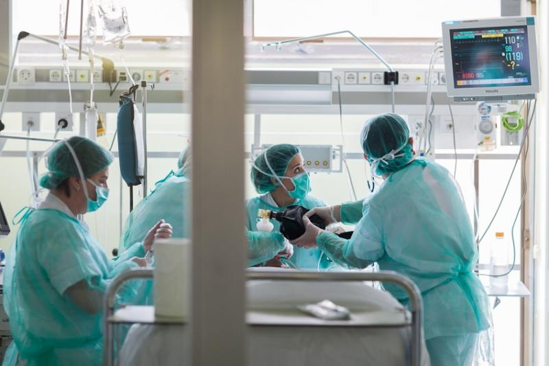 El centre vol afegir la cura de familiars a les accions mèdiques necessàries a les UCI