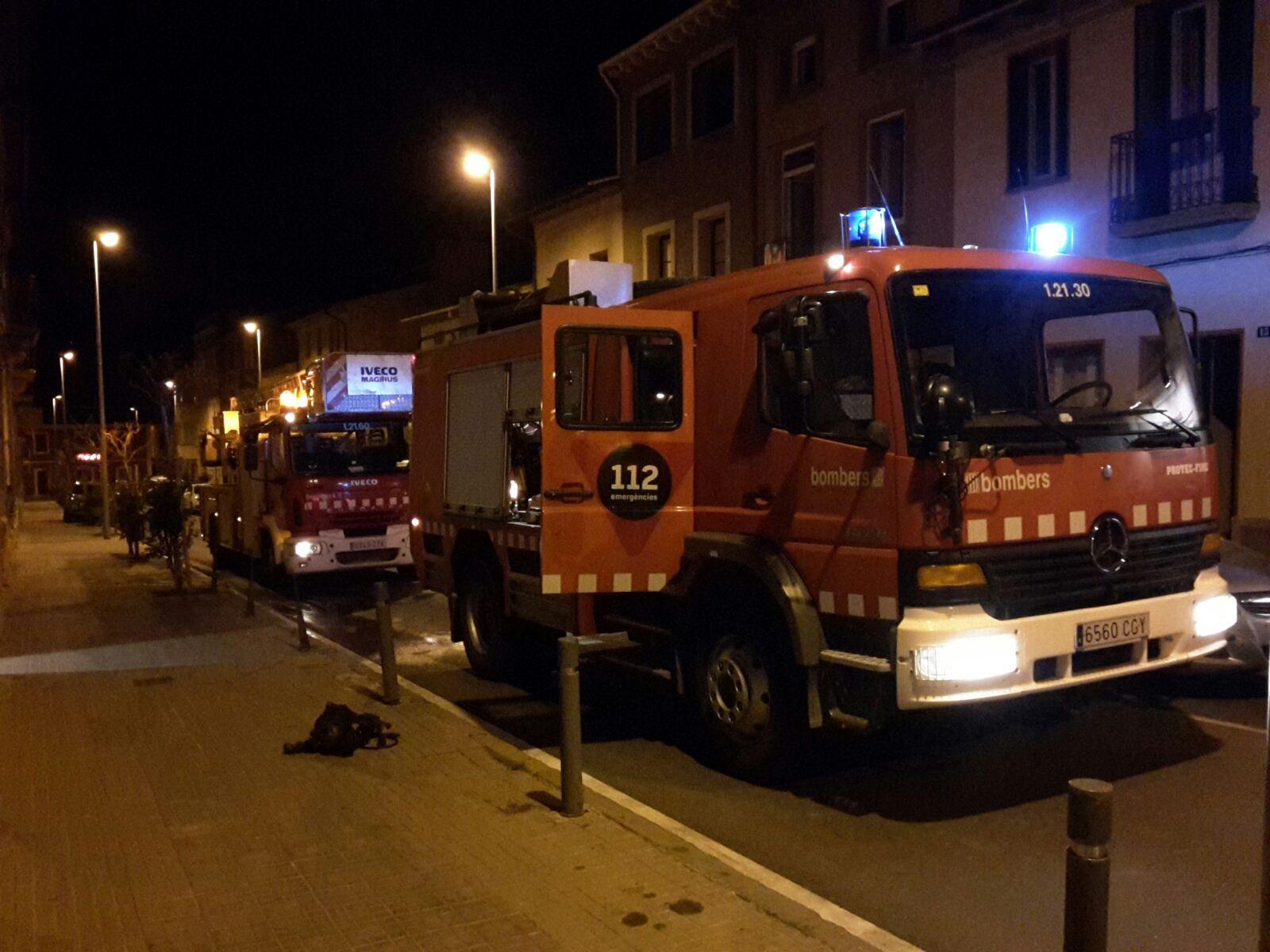 En l'incendi hi van intervenir dues dotacions dels bombers
