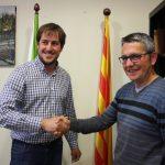 Bonet i Vilageliu durant la signatura de l'acord