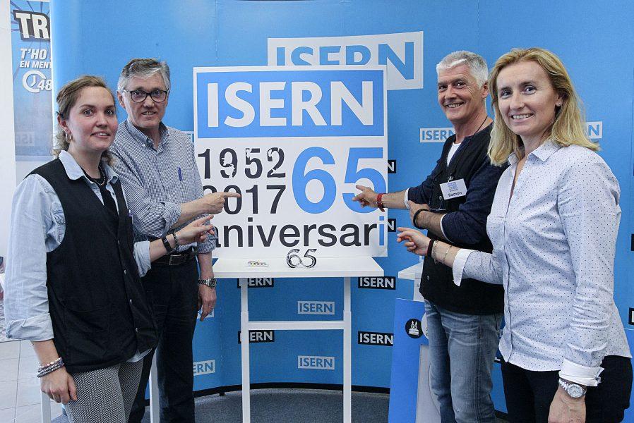 Els tres germans Isern, Marià, Ramon i Laia amb la filla de Marià, tercera generació incorporada a l'empresa