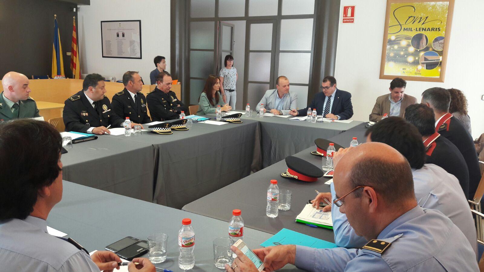 Un moment de la trobada de la Junta de Seguretat Local de Canovelles, celebrada aquest dimarts