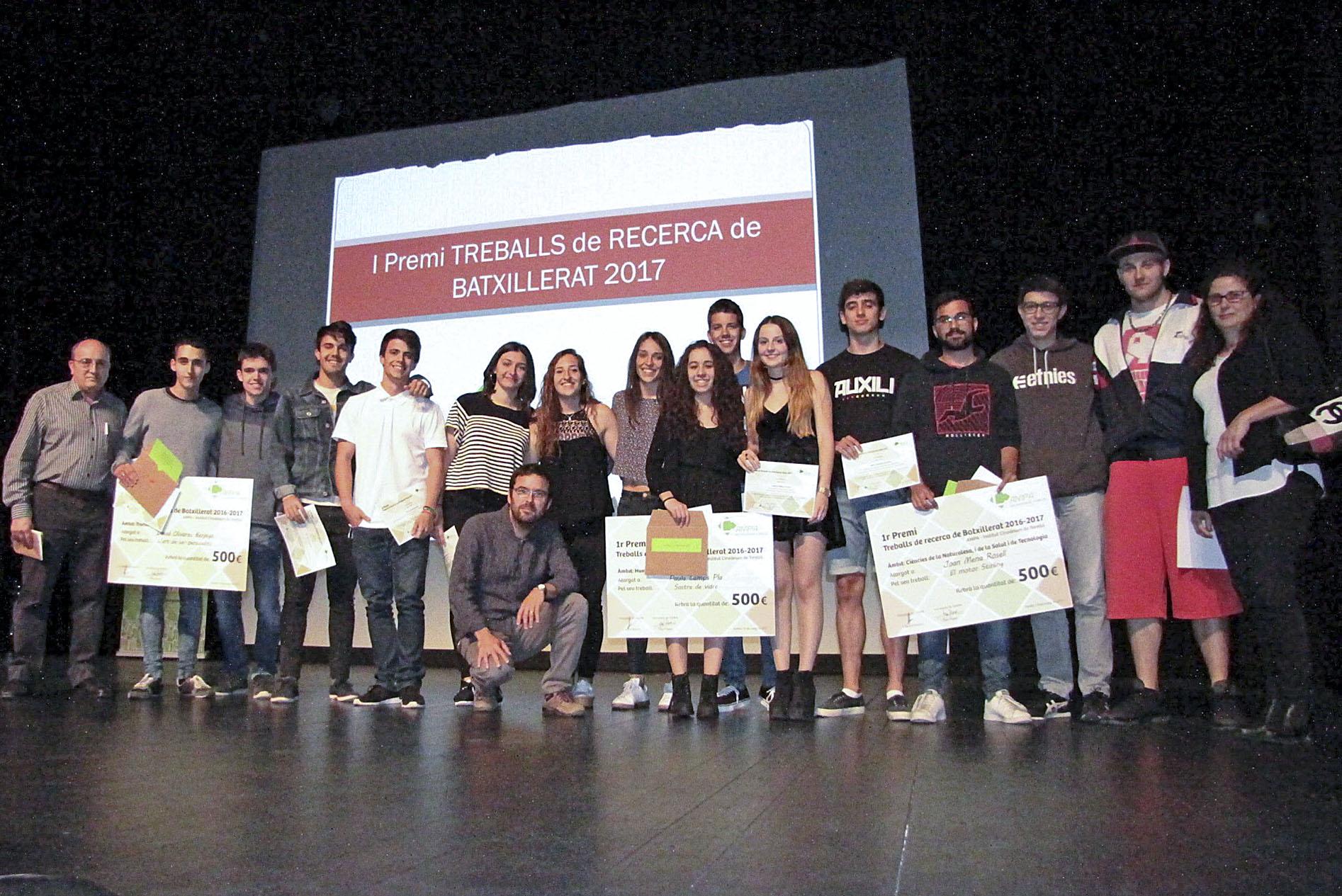 Els alumnes que s'hi van presentar, guanyadors i jurat