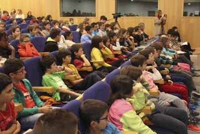 Alguns dels alumnes que van assistir a la presentació, procedents de sis comarques catalanes