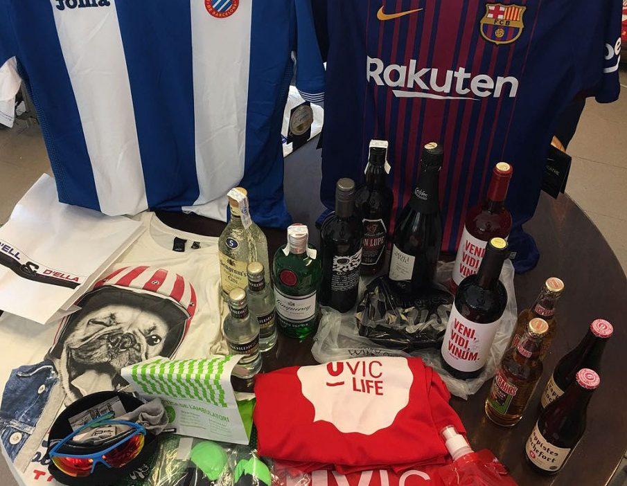 Les samarretes del Barça i l'Espanyol 'capitanejen' la macropanera