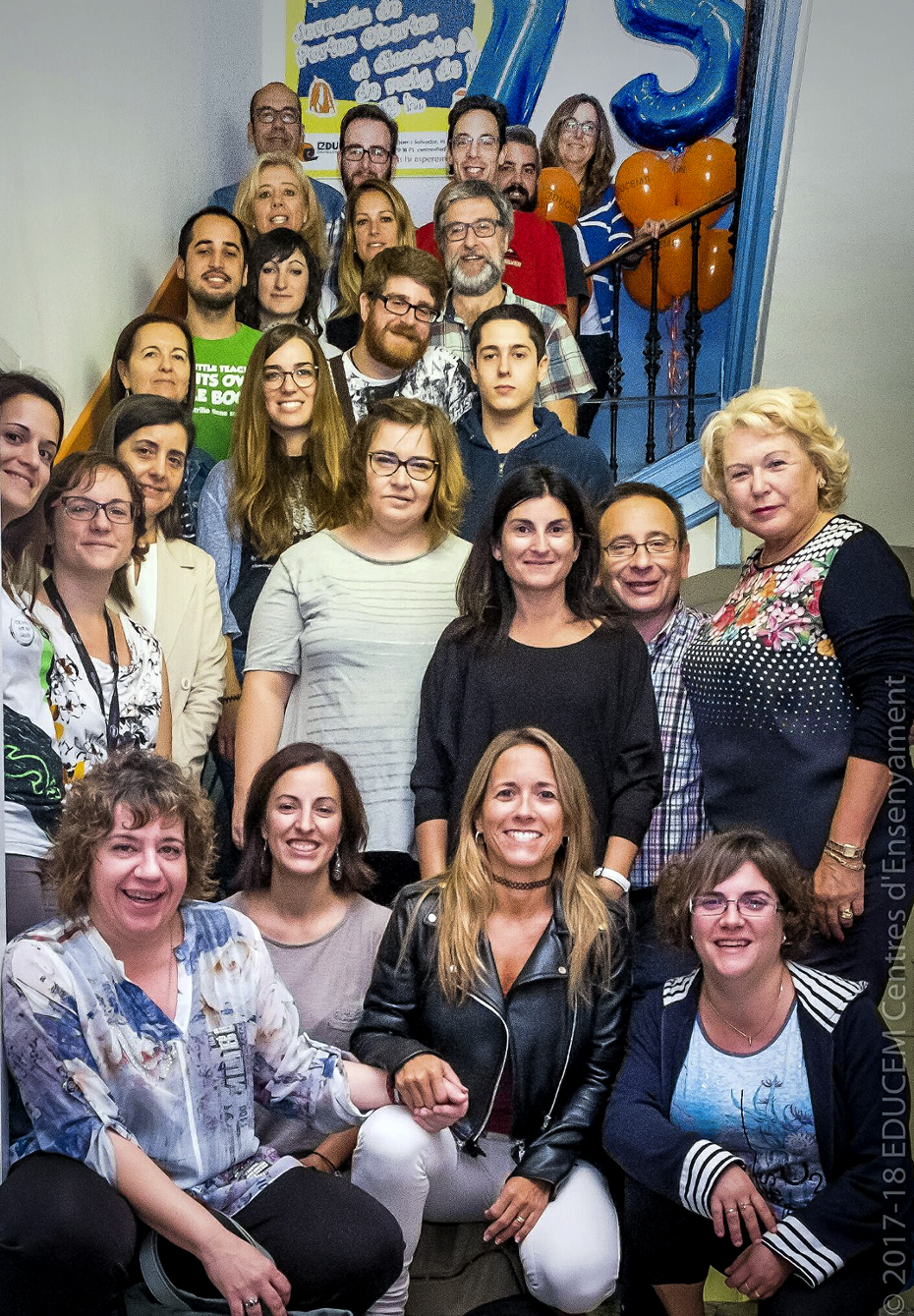 Professors de l'escola Educem van celebrar plegats l'aniversari del centre