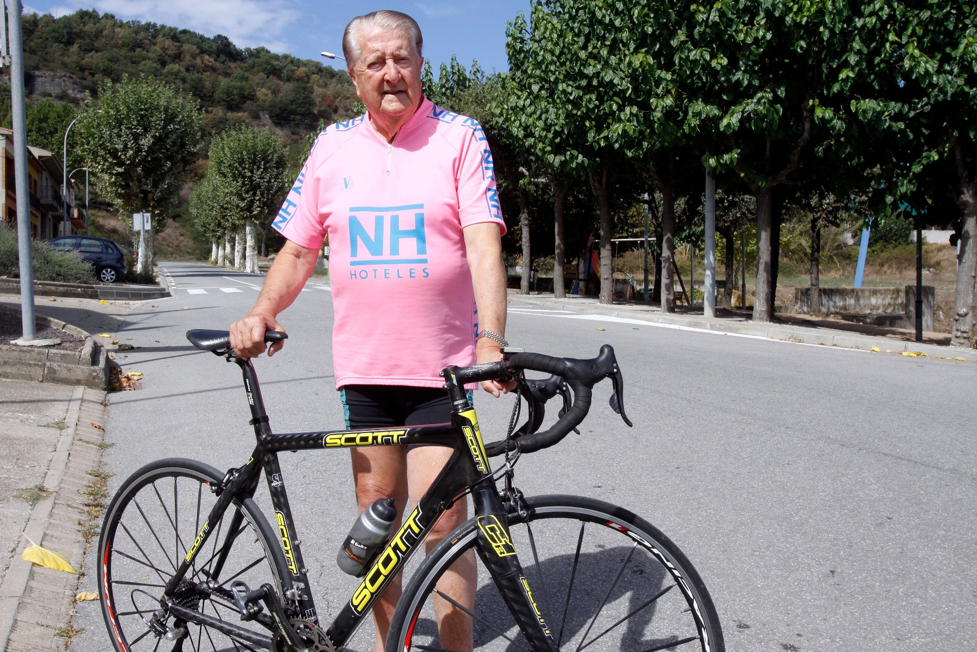 Lluís Gallifa amb la seva inseparable bicicleta