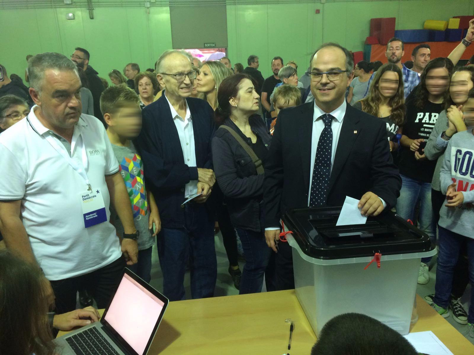 Jordi Turull en el moment de votar