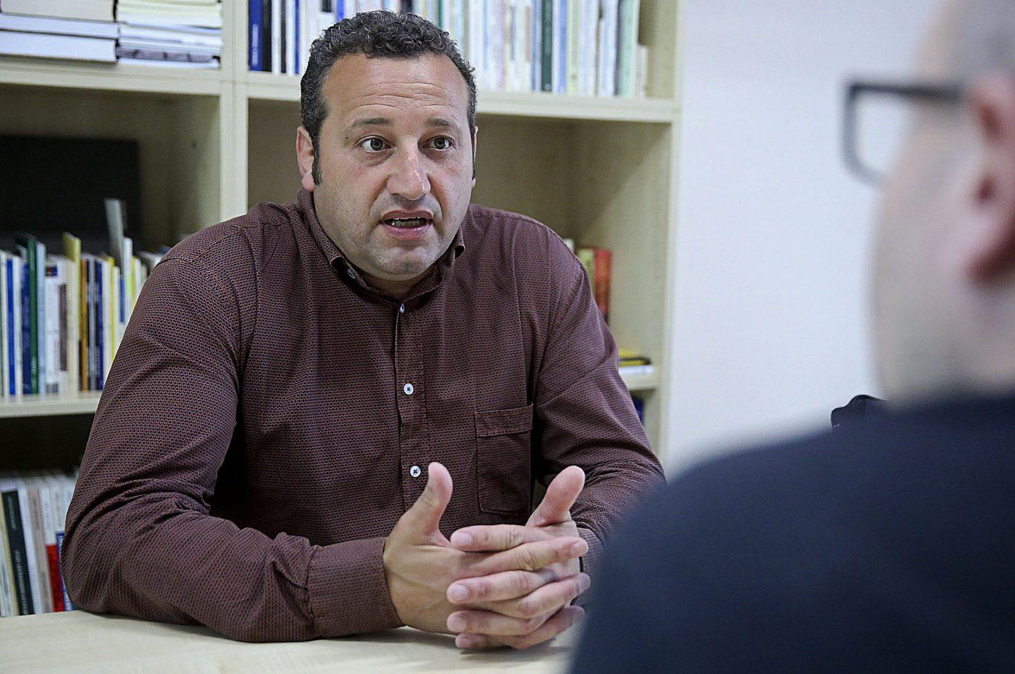 Benjamí Dòniga durant una entrevista a EL 9 NOU