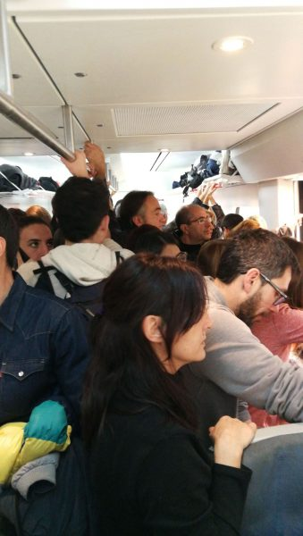 El tren circulava ple a l'alçada de Granollers dues hores abans de la manifestació // Laura Garriga