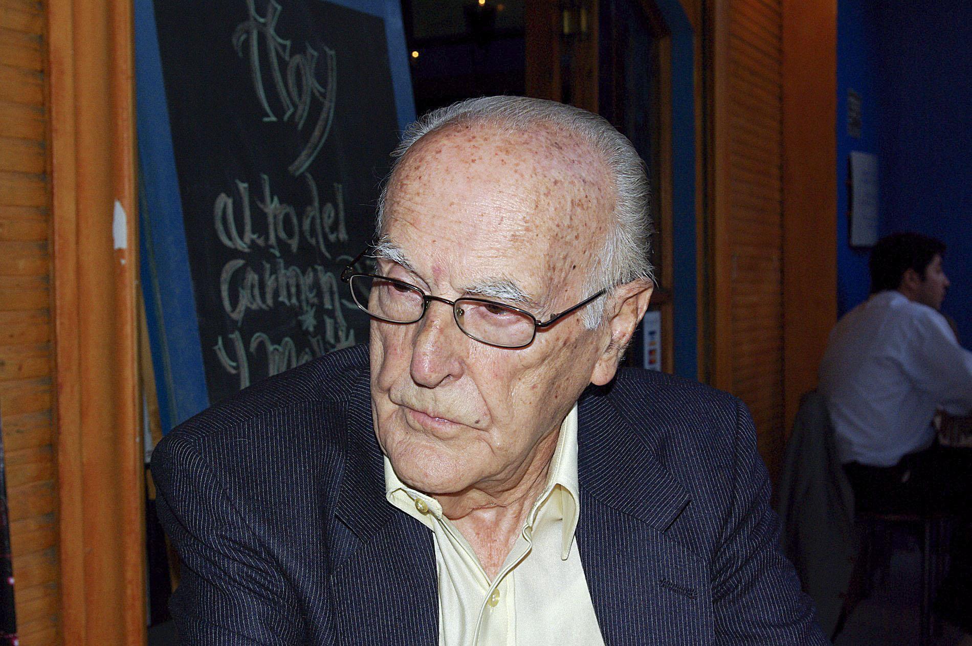 Víctor Pey, d'origen torellonenc, ara té 102 anys i viu a Santiago de Xile
