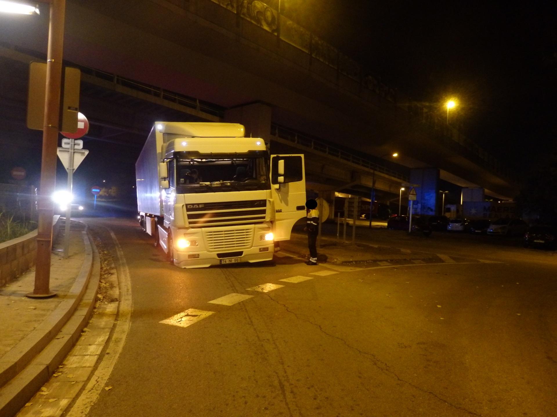 Un dels camions afectats per les punxades