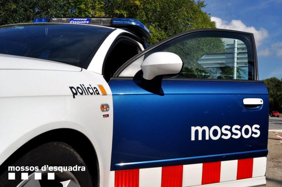 Els Mossos d'Esquadra estan treballant sobre el terreny per identificar el cos