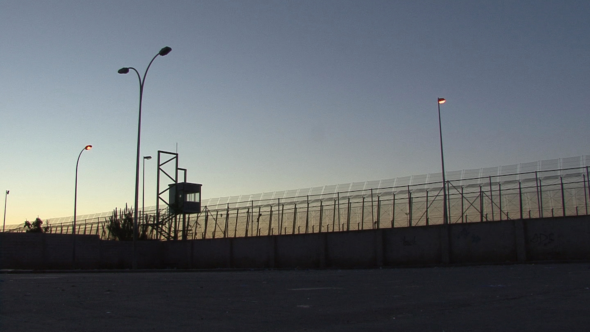 Tanca a la frontera de Melilla