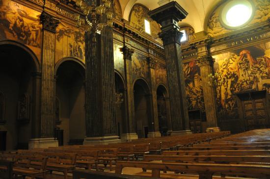 Interior de la Catedral de Sant Pere de Vic.