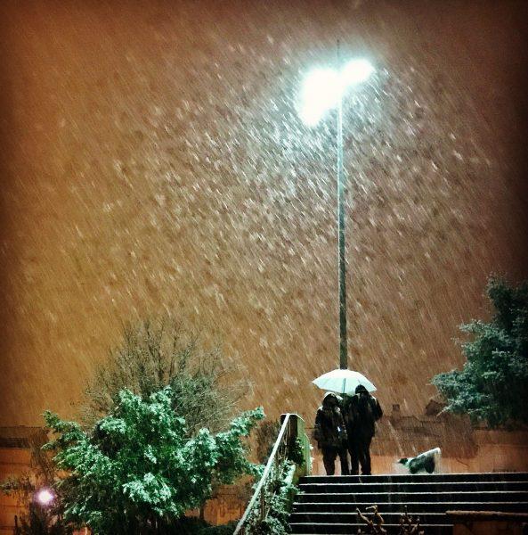 La neu a Vic, diumenge a la nit