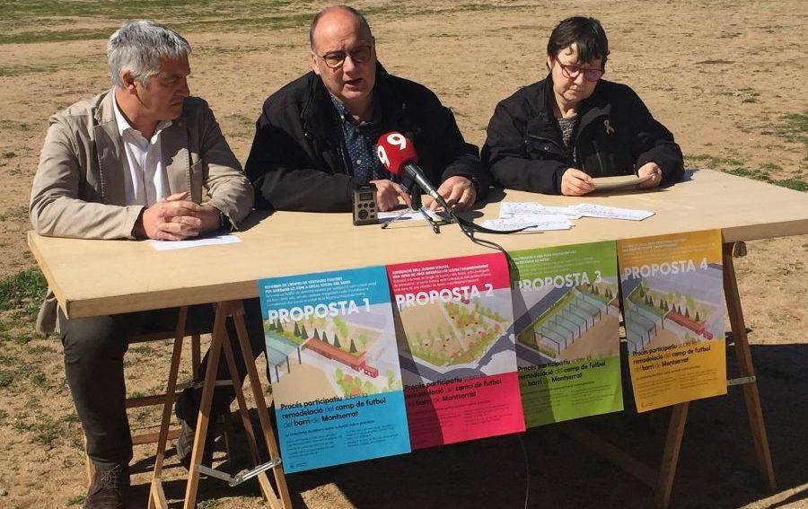 David Forcada, Santi Vivet i Núria Güell presentant les quatre propostes per la remodelació del camp de futbol del barri de Montserrat