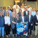 Representants de Granollers, Canovelles, Les Franqueses i Vilanova, amb membres del BM Granollers i representants de la Federació Catalana d'Handbol i diversos patrocinadors del torneig