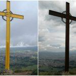 A l'esquerra, la Creu de Gurb, dilluns; a la dreta, una imatge d'avui