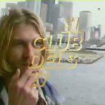 El videoclip és ple de gif's i imatges dels anys 90