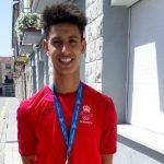 Chaira amb la medalla dels Jocs del Mediterrani