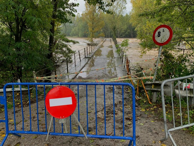 També s'ha tancat el pont de la Coromina