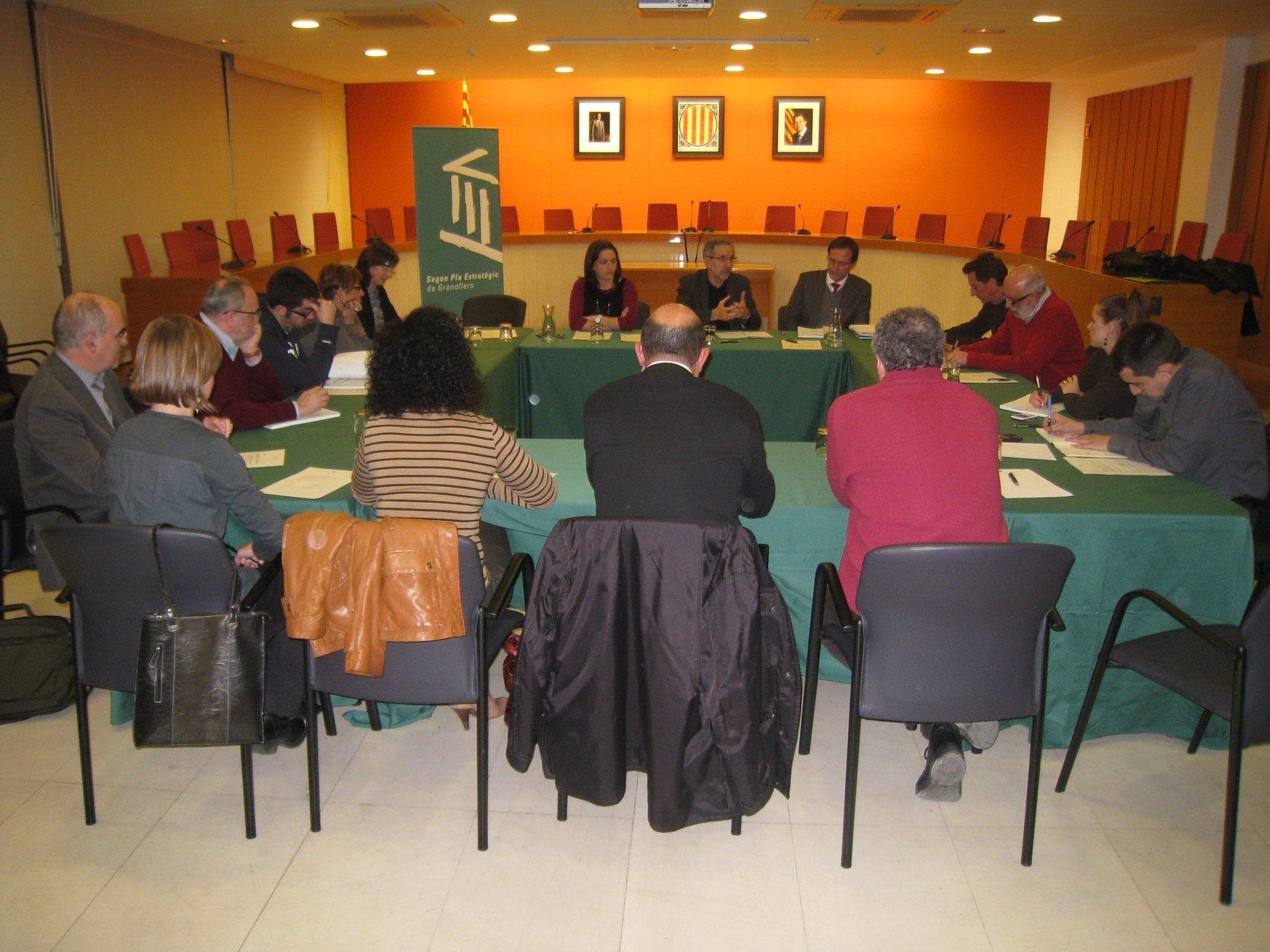 Una reunió del Consell Directiu del II Pla Estratègic, l'any 2012
